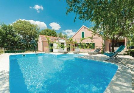 Villa in Trbounje, Croatia
