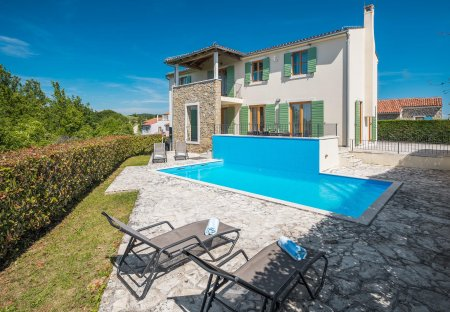 Villa in Baredine, Croatia: --