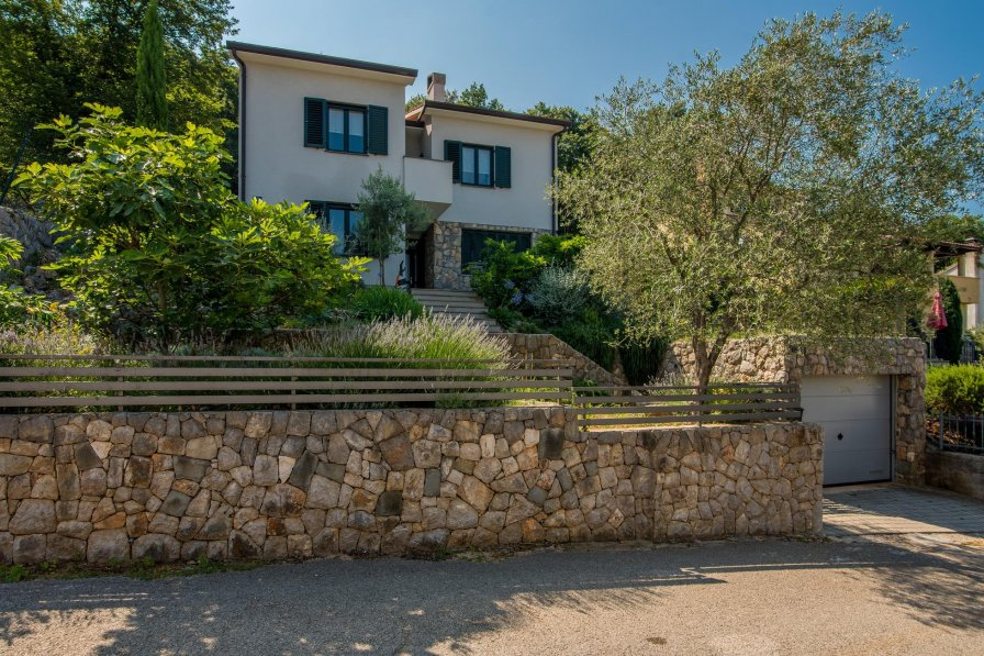 Apartment in Croatia, Porozina