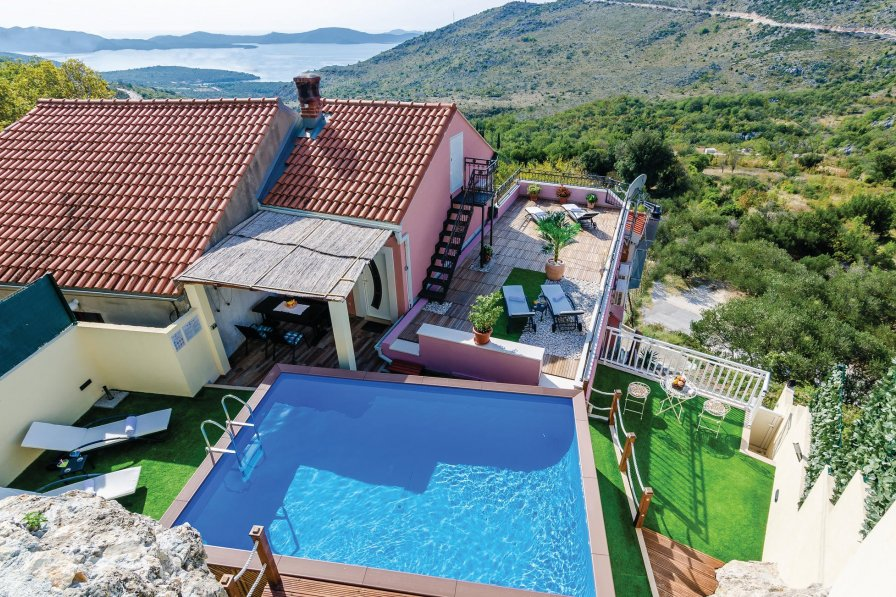 Villa in Croatia, Mravinca