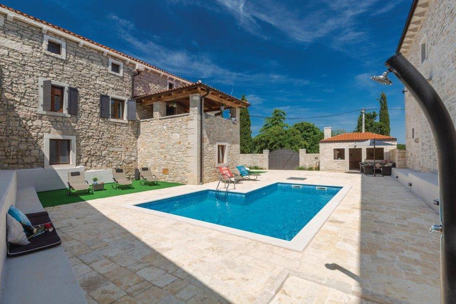 Villa in Croatia, Korenići