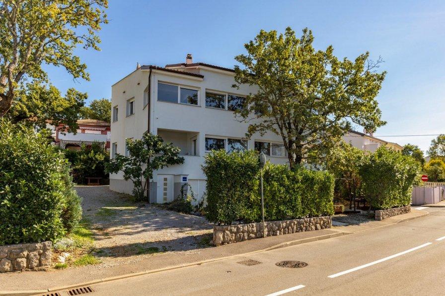 Apartment in Croatia, Njivice