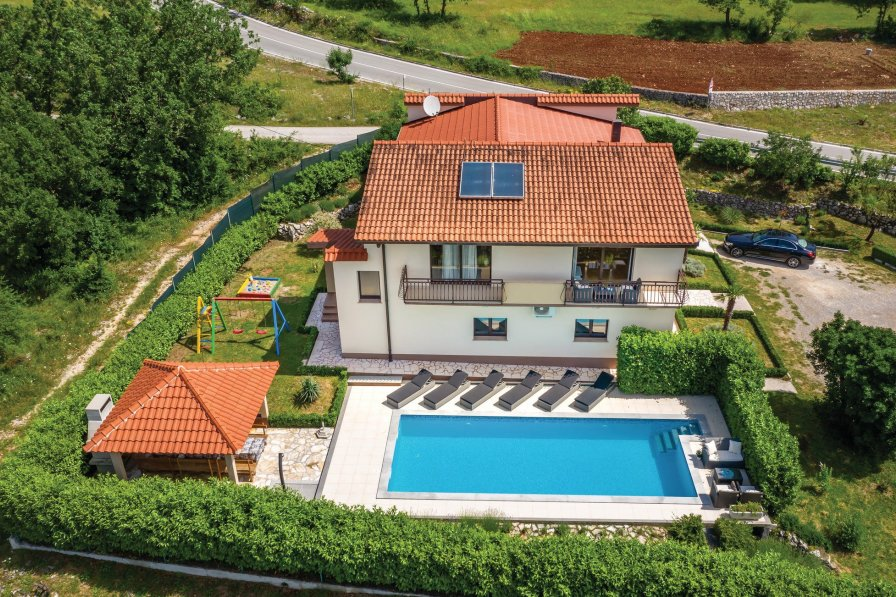 Villa in Croatia, Bisko