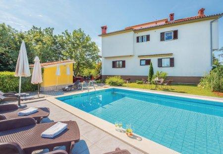 Apartment in Marceljani, Croatia