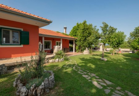 Villa in Grubine, Croatia
