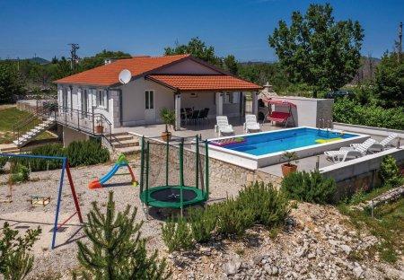 Villa in Katuni, Croatia