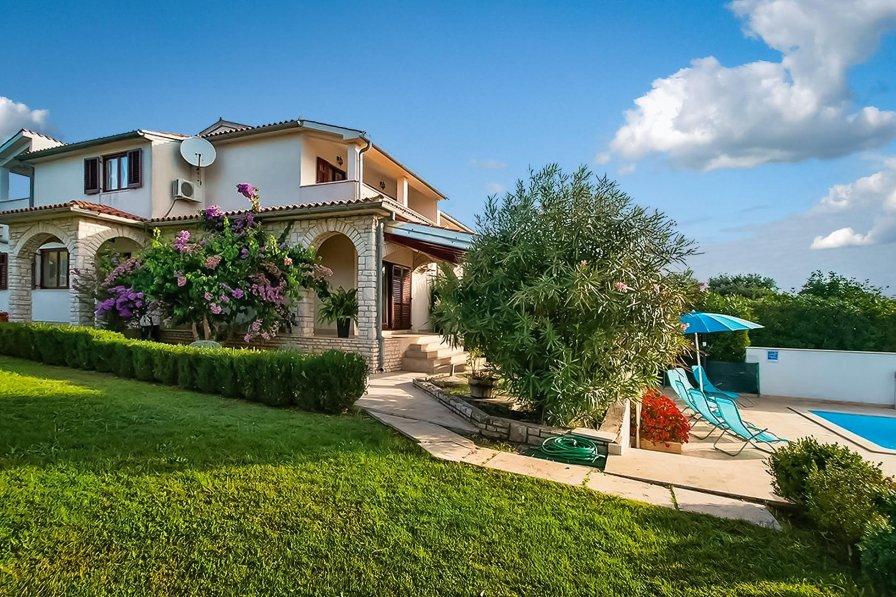 Villa in Croatia, Premantura