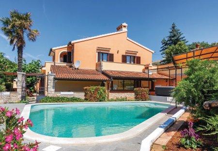 Villa in Muntić, Croatia