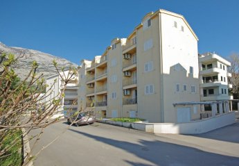 2 bedroom Apartment for rent in Makarska