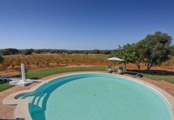 6 bedroom Villa for rent in Almancil