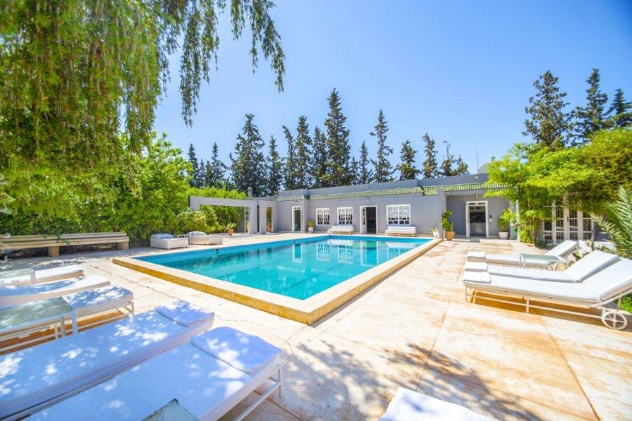 Pool Villa Orangerie