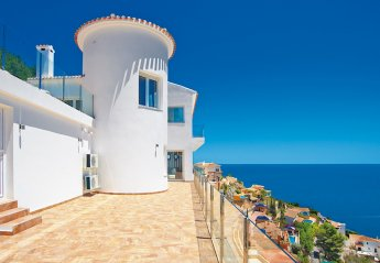 5 bedroom Villa for rent in Javea