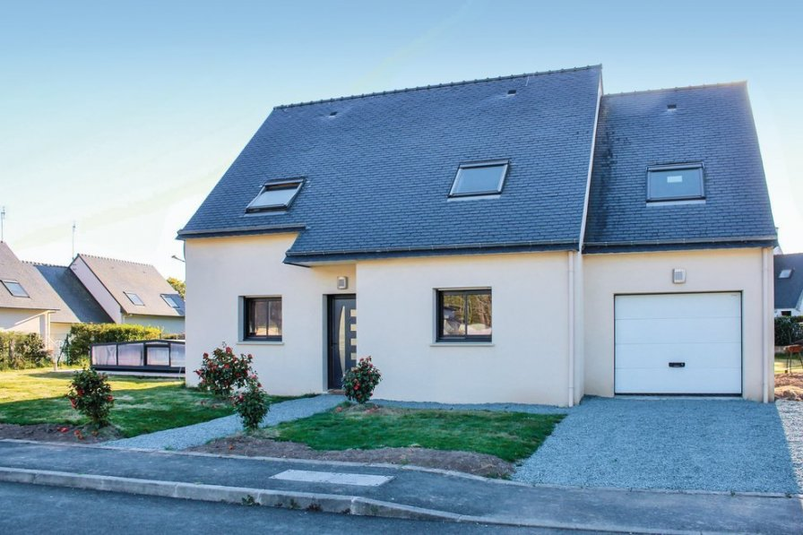 Holiday villa in Finistere with private pool