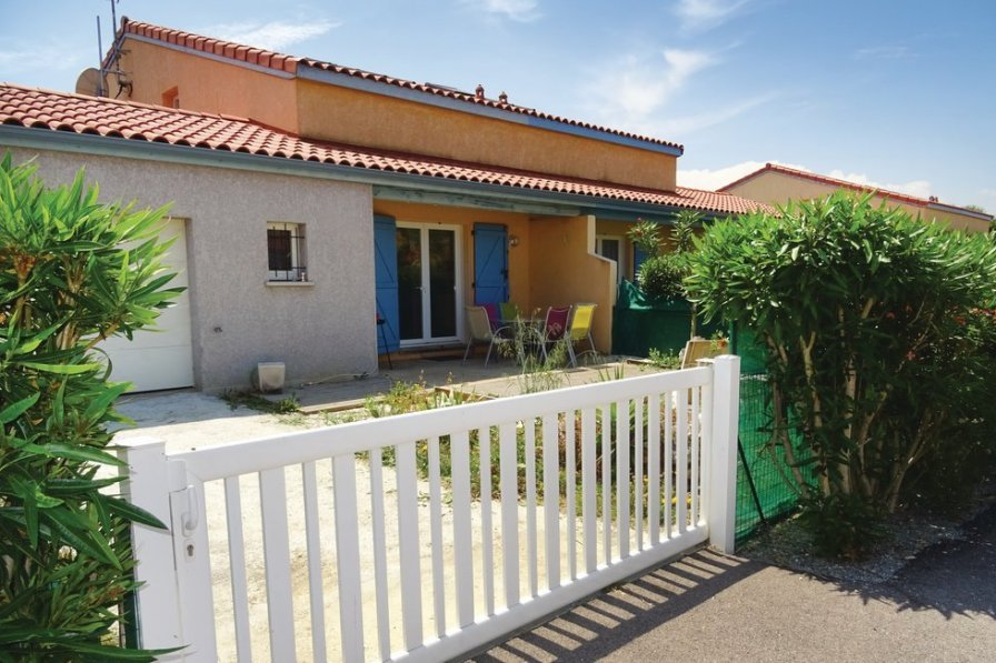 Holiday villa in Pyrenees Orientales with pool