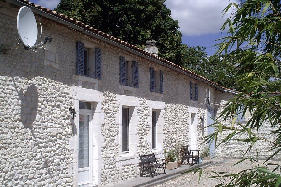 Le Chai at Chez Augros