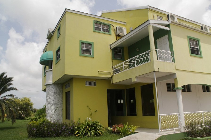 Studio apartment in Antigua and Barbuda, Saint John's