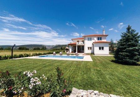 Villa in Donji Proložac, Croatia