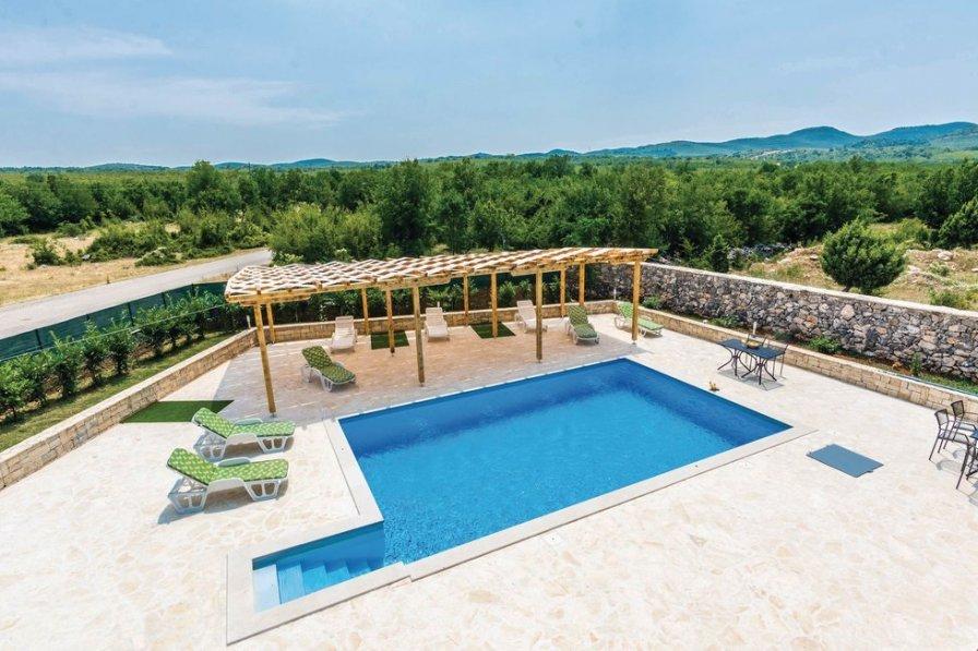 Villa in Croatia, Bilišane