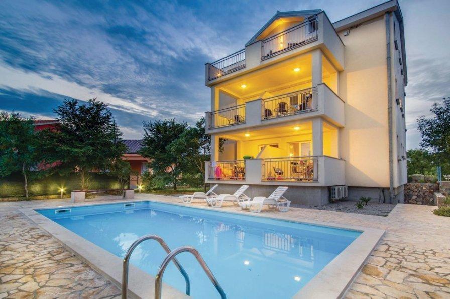 Apartment in Croatia, Pinezići