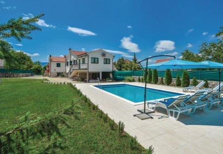 Villa in Čaporice, Croatia