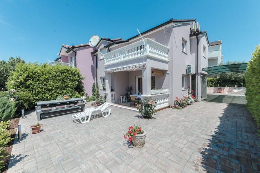 Villa in Croatia, Srima