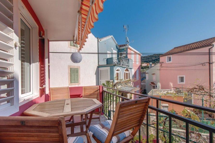 Apartment in Croatia, Miholašćica