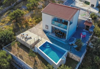 4 bedroom Villa for rent in Sevid