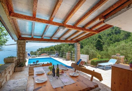 Villa in Prigradica, Croatia