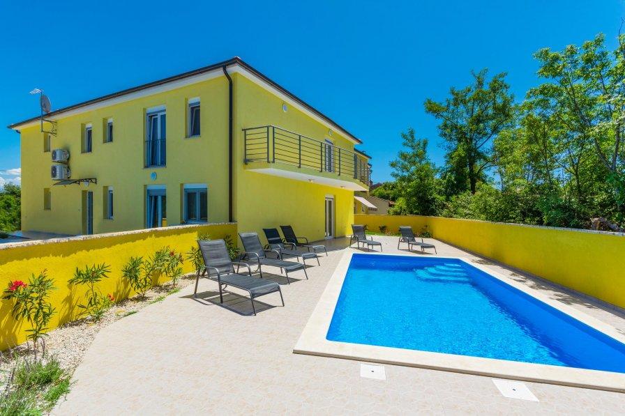 Villa in Croatia, Perci