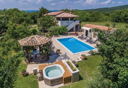 Villa in Zatka Čepić, Croatia