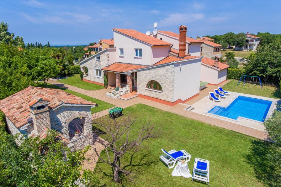 Villa in Croatia, Sveti Lovreč Pazenatički