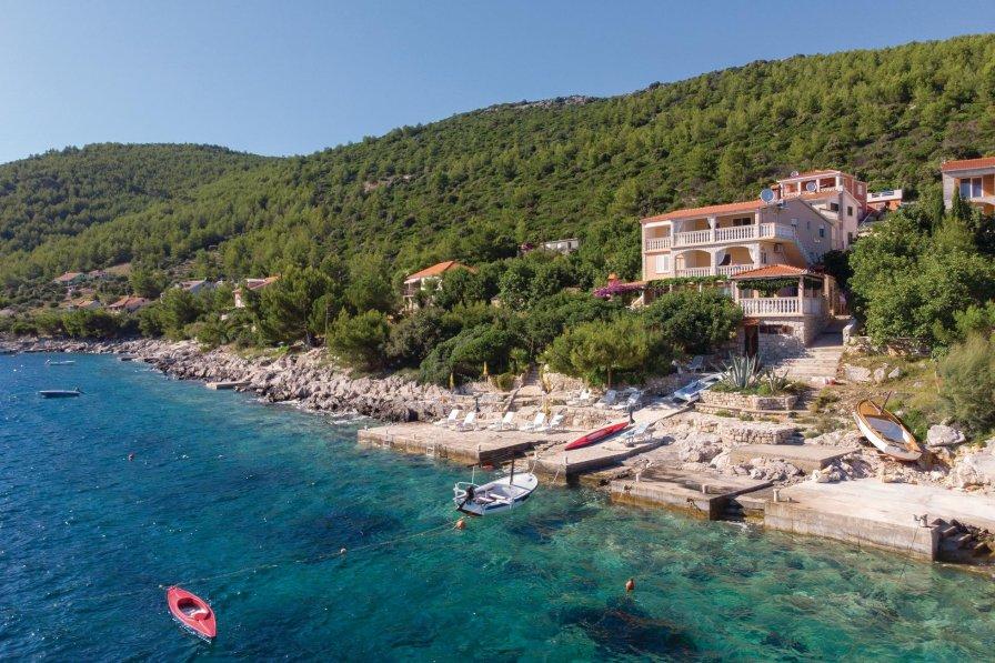 Apartment in Croatia, Karbuni