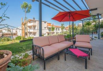 4 bedroom Villa for rent in Makarska