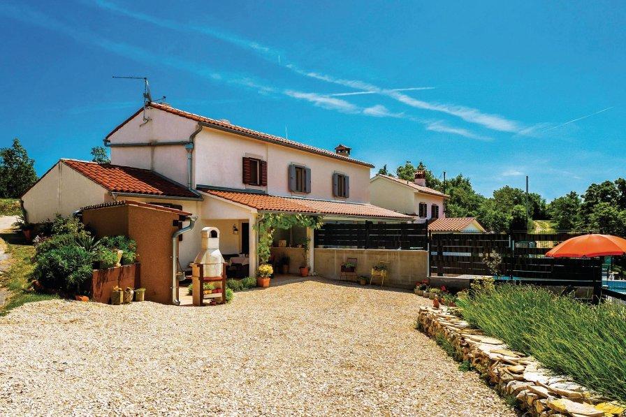 Villa in Croatia, Bartići