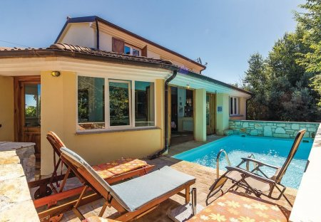 Villa in Šišan, Croatia