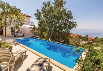 3 bedroom Villa for rent in Tucepi