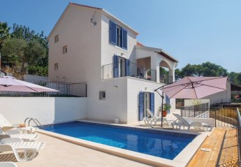 4 bedroom Villa for rent in Milna