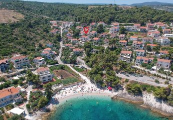 Villa in Croatia, Postira