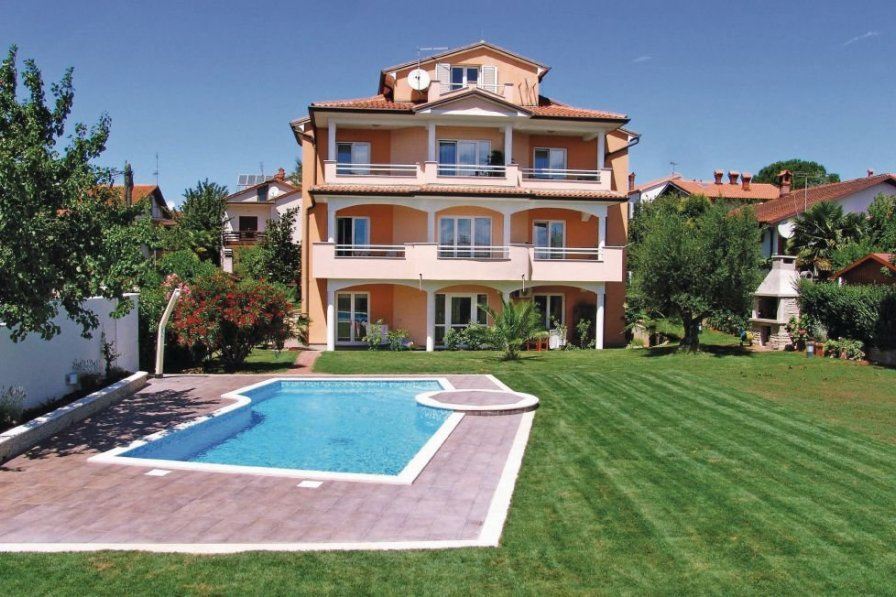 Apartment in Croatia, Novigrad