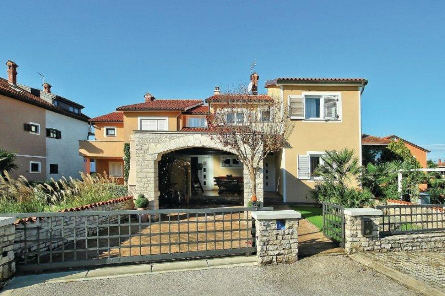 Apartment in Croatia, Finida