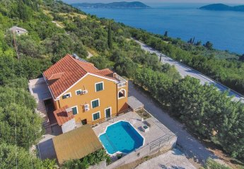 Villa in Croatia, Trsteno