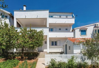4 bedroom Apartment for rent in Vodice