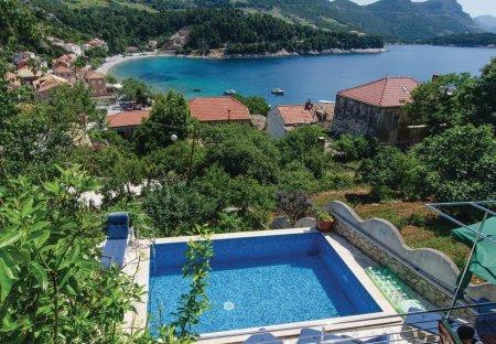 Villa in Trstenik, Croatia