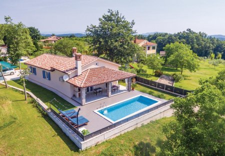 Villa in Melnica, Croatia