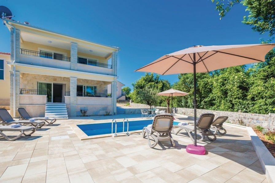 Villa in Croatia, Milovčići