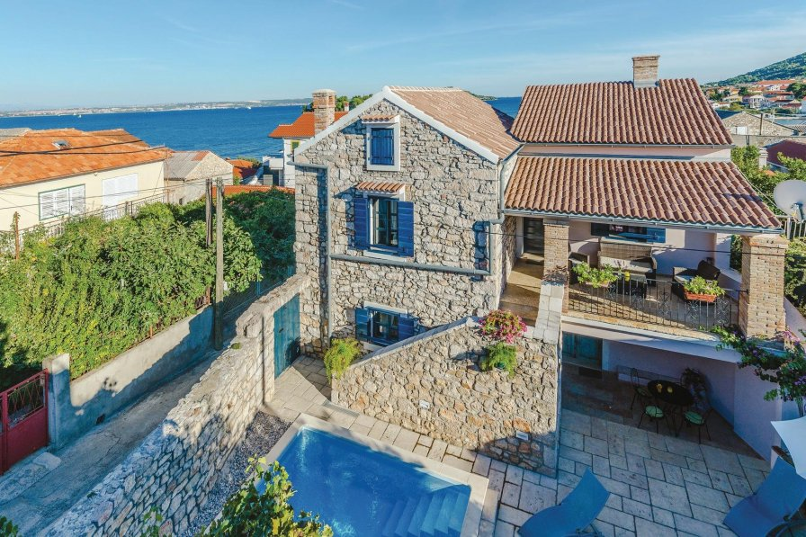 Villa in Croatia, Preko