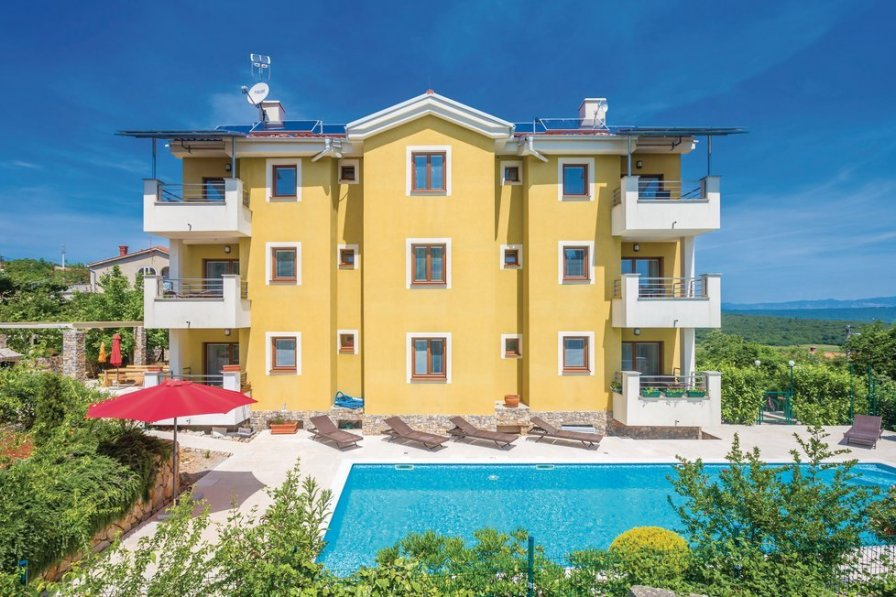 Apartment in Croatia, Vrh