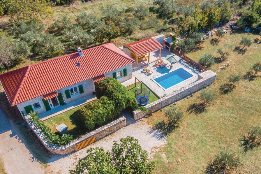 Villa in Croatia, Puljane