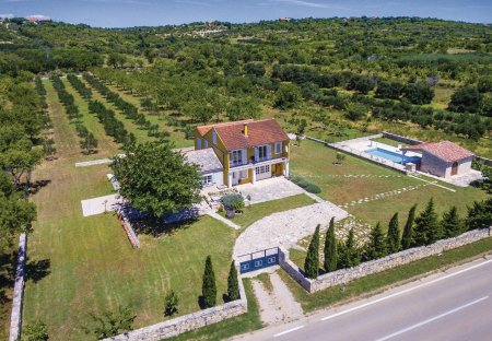 Villa in Buković, Croatia