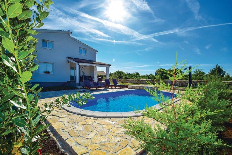 Villa in Croatia, Drinovci
